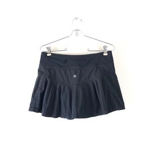 LULULEMON black striped skirt built in skort 6